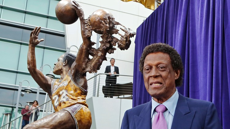 Elgin Baylor, silky-smooth Lakers Hall of Famer, dies at 86