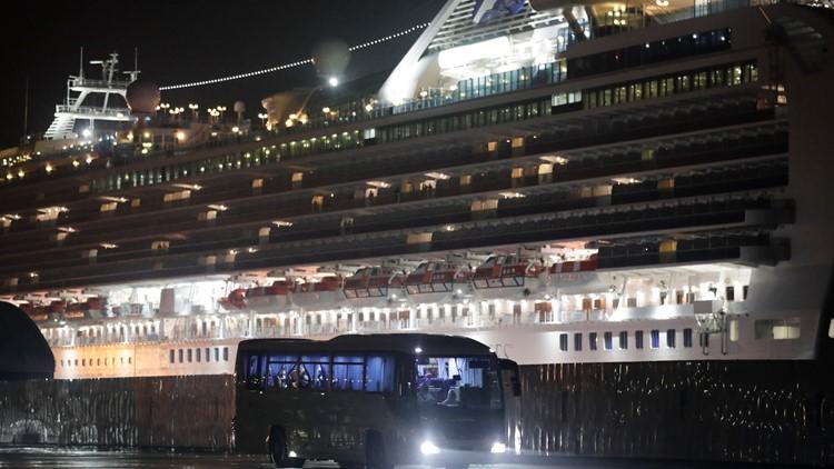 Japan Outbreak Cruise Ship AP