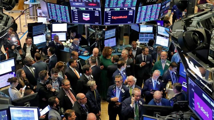 S&P 500 index closes at record high