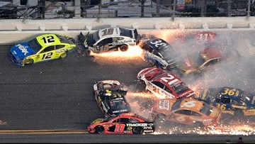 Denny Hamlin cruises to Daytona 500 victory, one of only 14 to finish after series of crashes