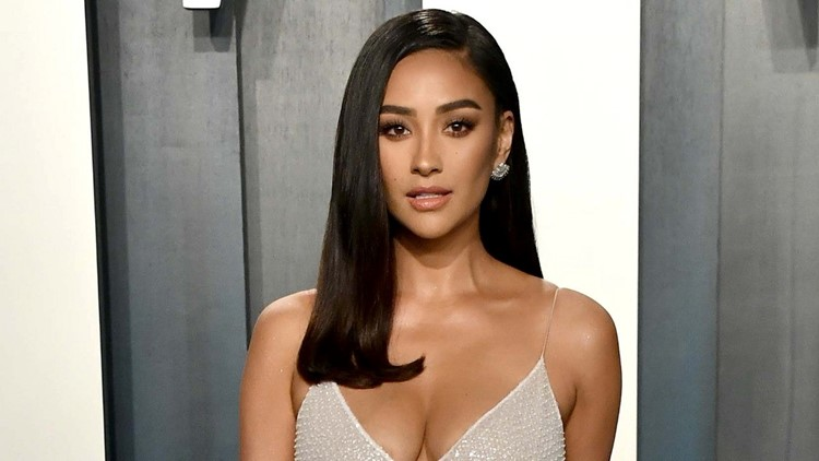 Shay Mitchell Recalls Criticism She Received After Welcoming Daughter Atlas