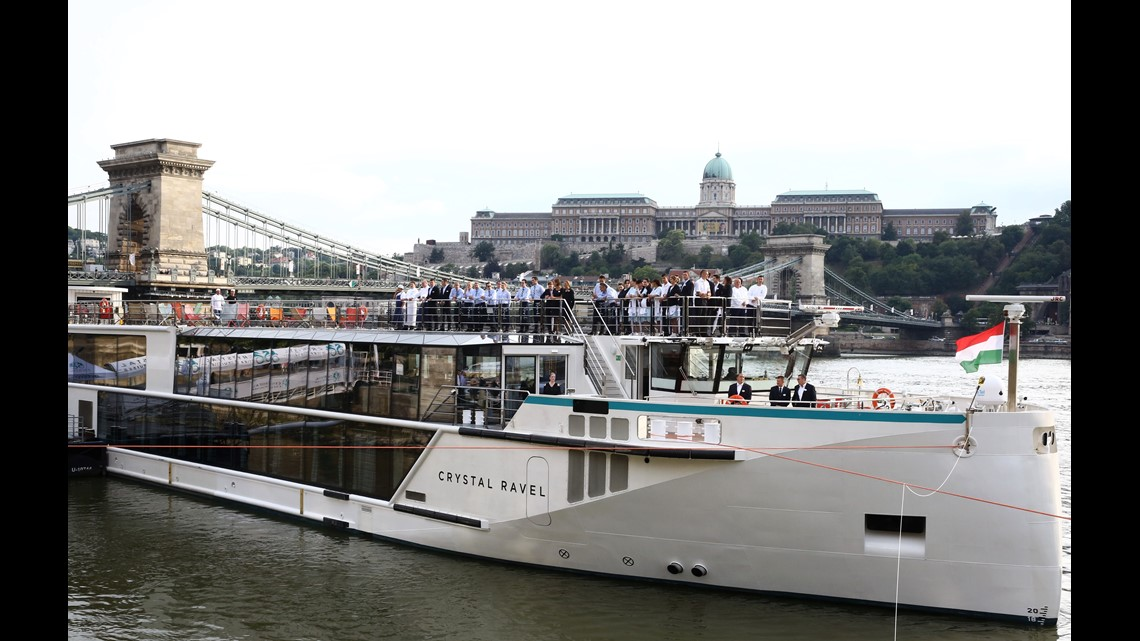 New Crystal Cruises River Ship Crystal Ravel Christened On Danube Wgrz Com