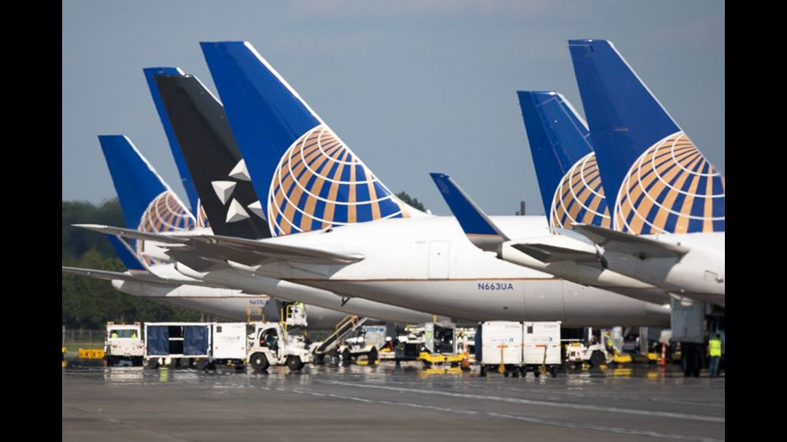 united airlines  still no plan to allow free carry