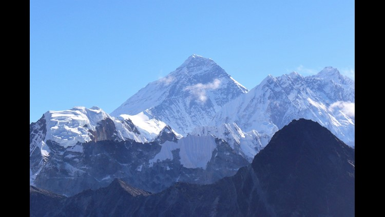 The view of Mount Everest from Gokyo Ri. (Photo by Brian Biros / The Points Guy)