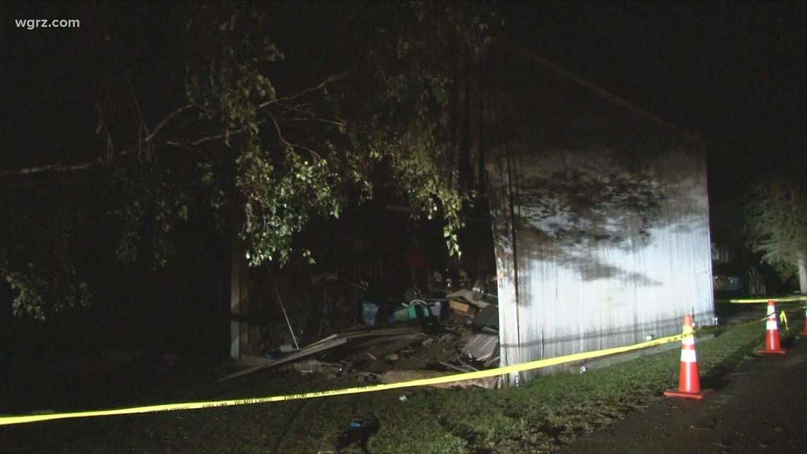 Elba man man killed after car crash into barn