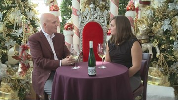 Kevin is joined by Maureen Bayer to discuss Sparkling Wines and Presecco