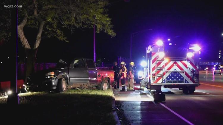 Police: 32-year-old man killed in Lewiston car crash