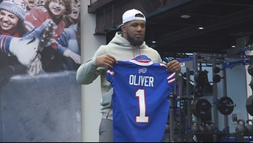 Bills introduce first-round pick Ed Oliver