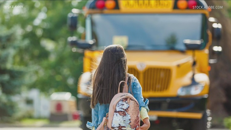 Federal and state politicians from New York called for federal funding for electric school buses