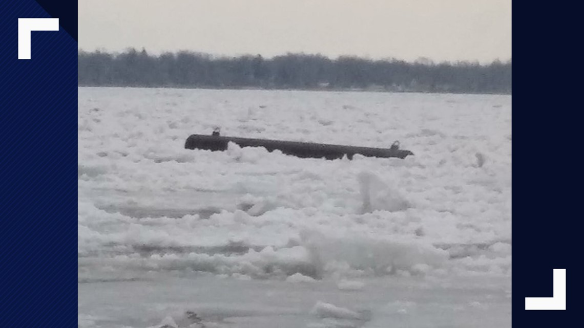 ice boom in lake erie breaks due to winds