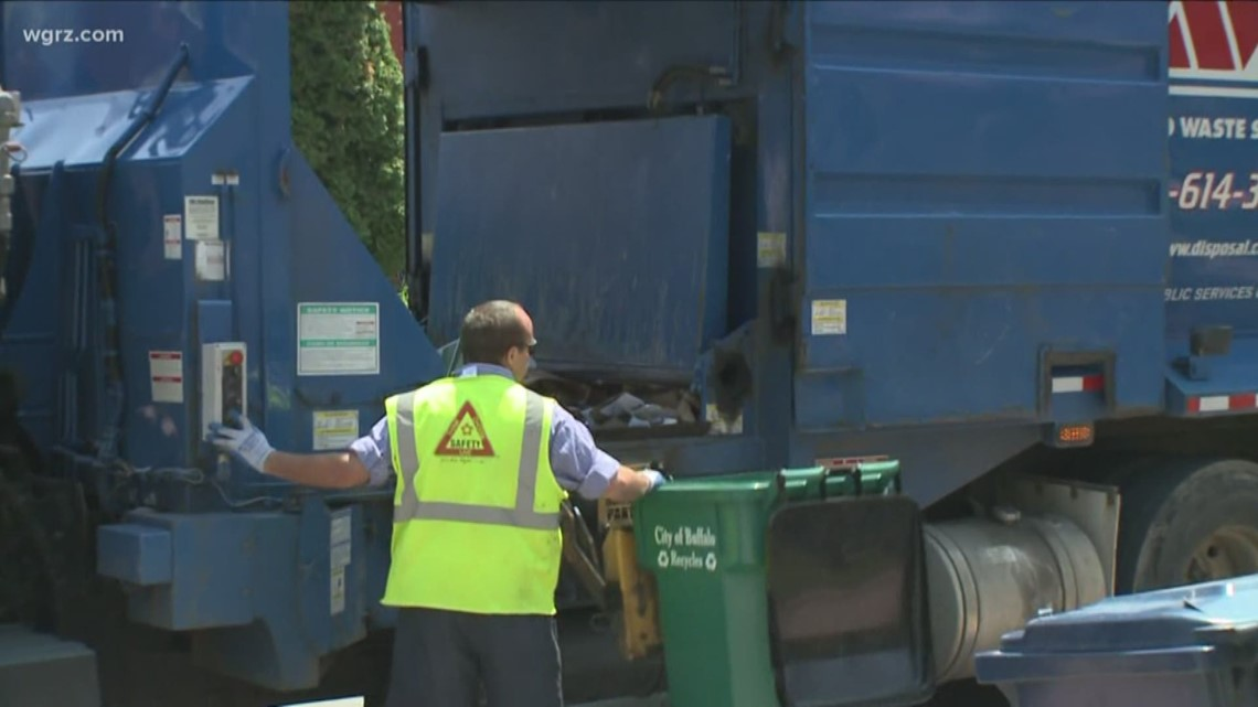 Meeting on Lancaster's new recycling program