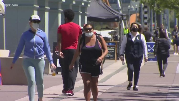 Governor floating the idea of bringing back mask mandates in NYS