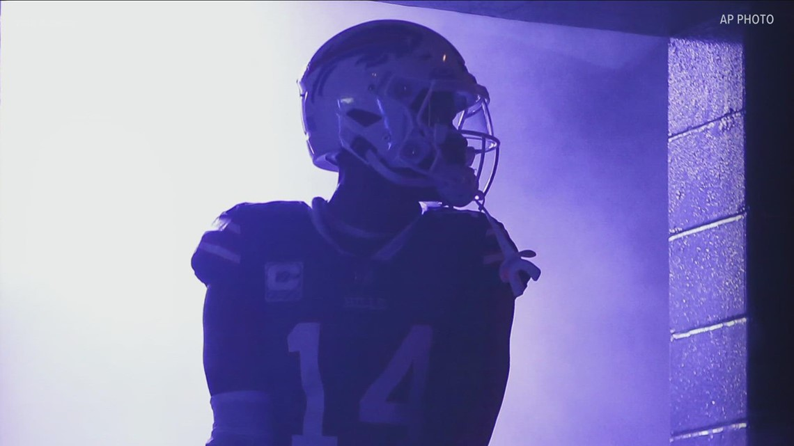 Ashley Holder goes 1-on-1 with Buffalo Bills receiver Stefon Diggs