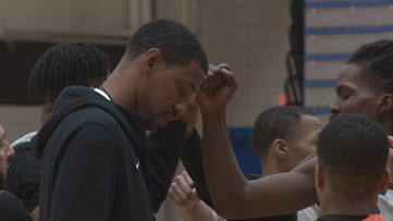 Damone Brown passing along his passion to college kids in hometown
