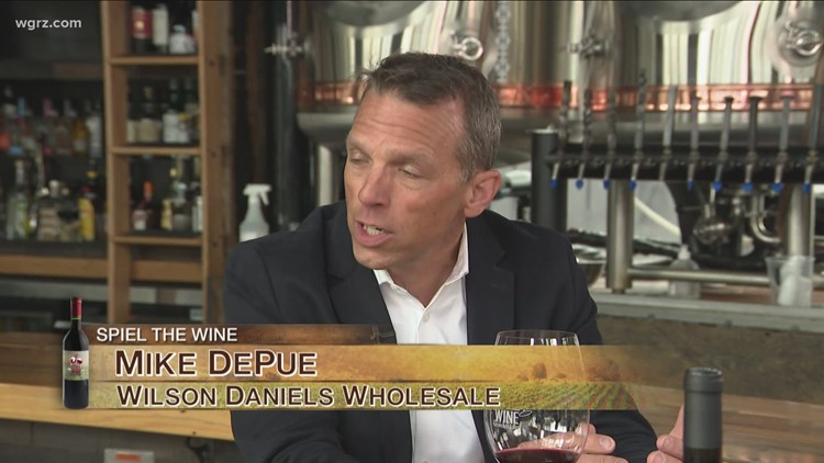 Kevin is joined by Mike DePue for this week's first Wine of the Week