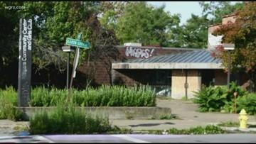 Demolition for former Community Center in Niagara Falls