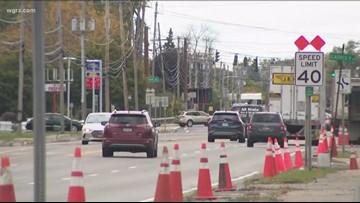Teen seriously hurt crossing Niagara Falls Boulevard