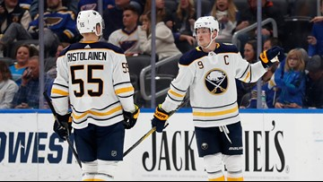 Sabres lose to Blues, 5-1