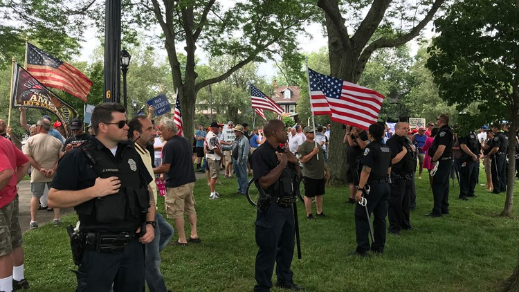 Two Trump rallies commence on Bidwell Parkway