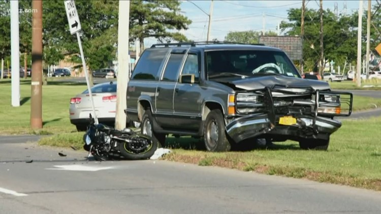 Motorcycle Driver dies in Crash with SUV
