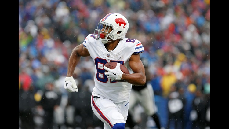 The Patriots sign wide receiver Jordan Matthews to a one year contract.
