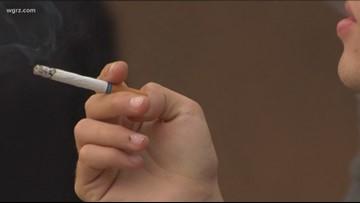 Cuomo announces proposal to raise tobacco, e-cigarette sales age from 18 to 21