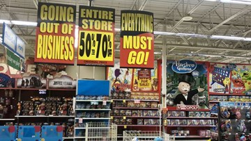 Toys R Us stores enter final days with new liquidation