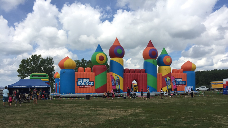 bounce_house2_1533920658497.png