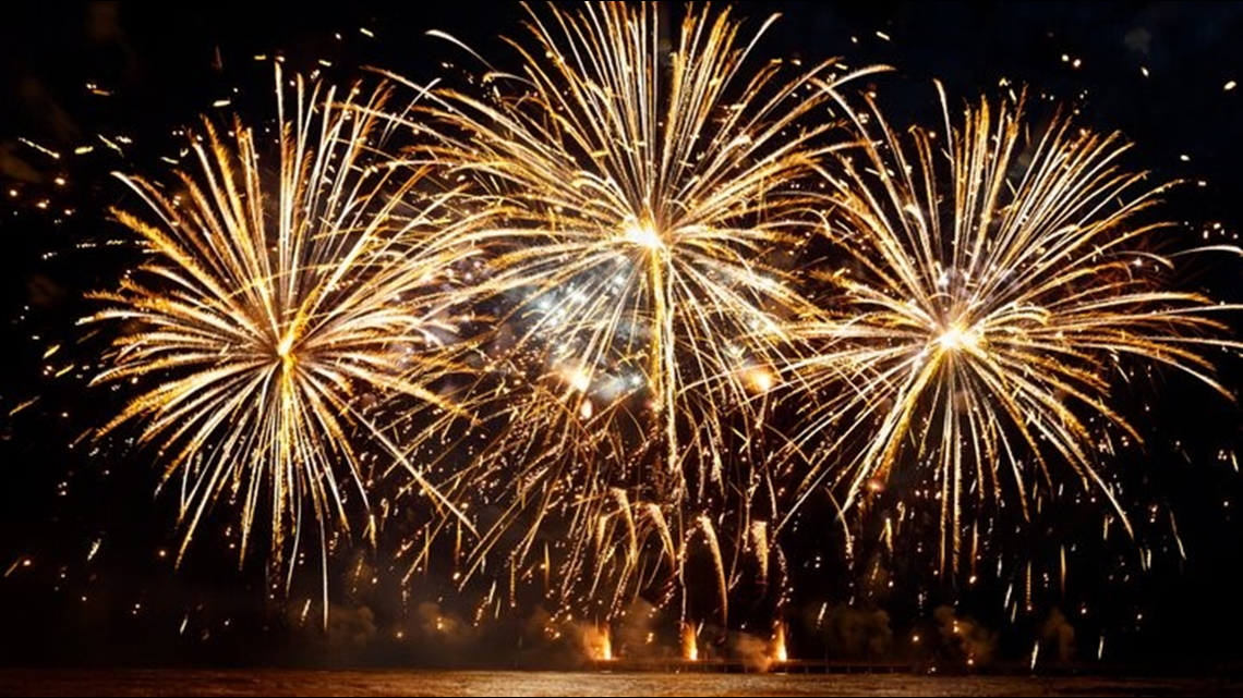 """Fireworks spectacular: """"Cascades of Fire"""" blasts off this weekend"""