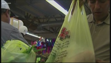 Cuomo targets bottle bill expansion, ban on single-use plastic bags in budget