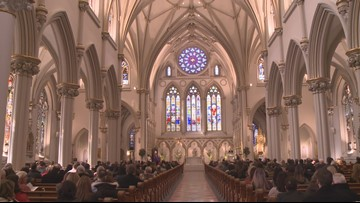 Settlement talks begin for priest abuse victims