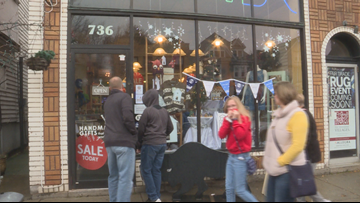 Elmwood shops get a boost on Small Business Saturday