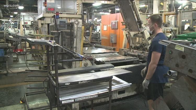 GM Holds Job Fair In Lockport