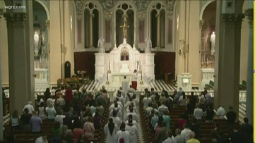Hundreds of accused clergy left off Catholic Church's sex abuse lists