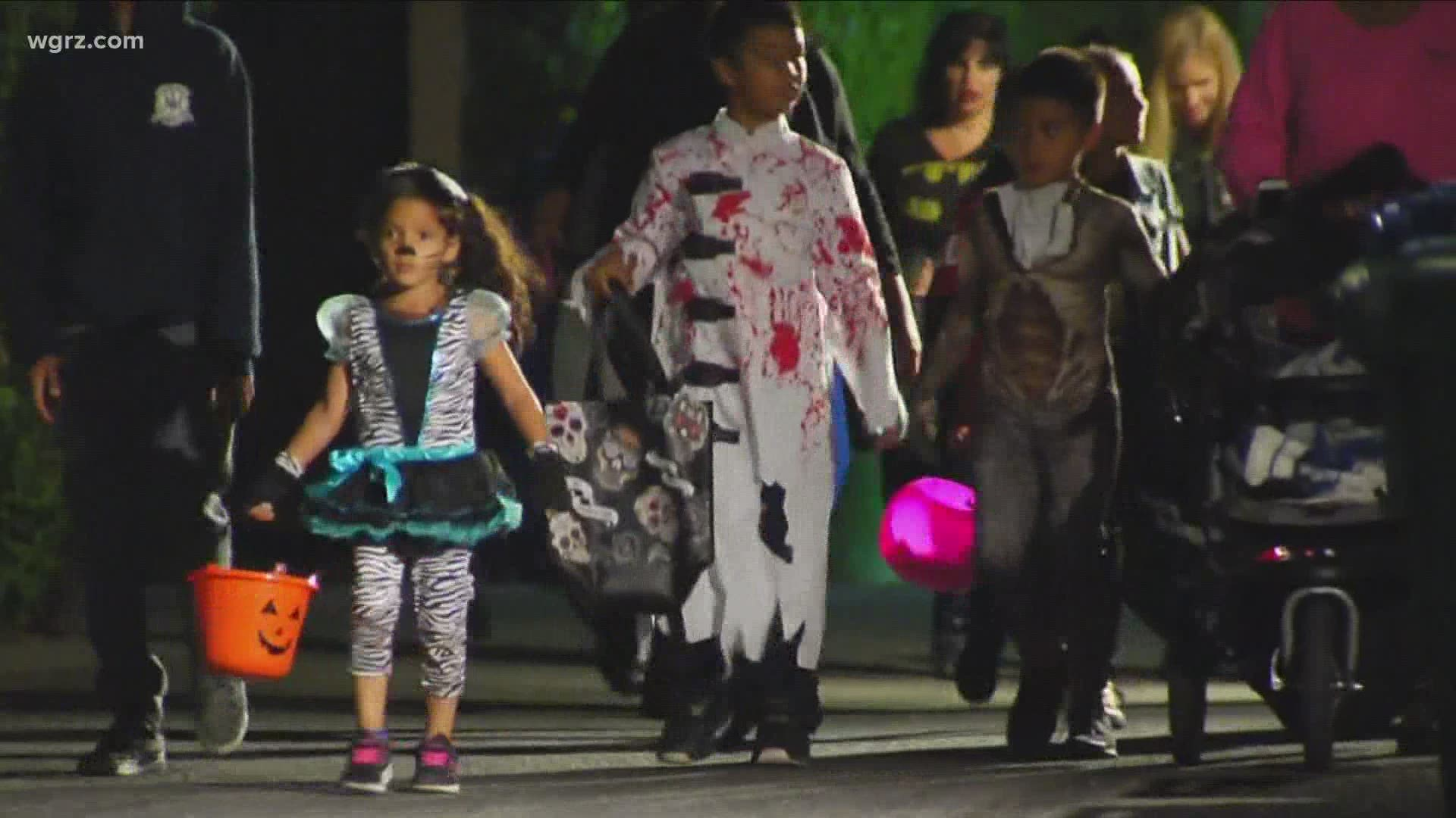 Buffalo Mayor Discourages Traditional Trick Or Treating Indoor Gatherings For Halloween Wgrz Com
