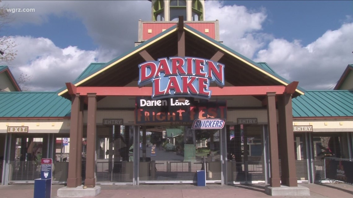 Six Flags Darien Lake ends COVID safety precautions for vaccinated park goers