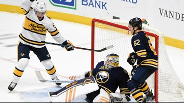 Sabres lose to Predators, 2-1