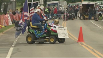 Father's Day memorial Lawnmower Race raises money to fight cancer