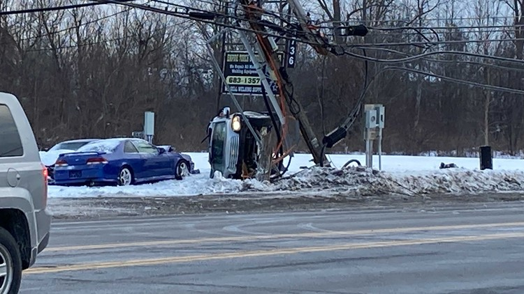 Crash closes section of Walden Ave. in Lancaster