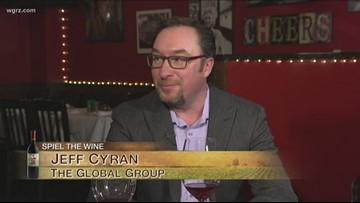 Kevin is joined by Jeff Cyran to discuss wine tips for novice wine drinkers