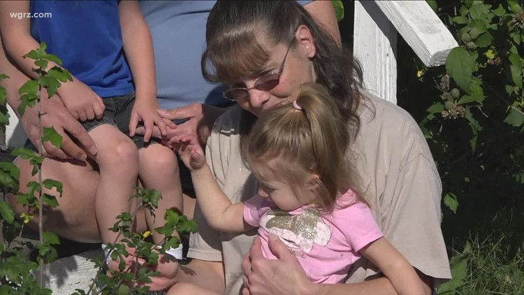 Buffalo couple seeking help in face of mounting medical expenses