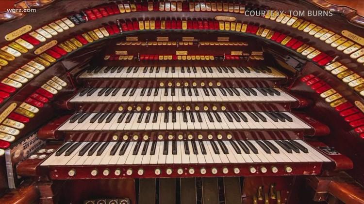 Shea's receives $20,000 grant to restore Mighty Wurlitzer Organ
