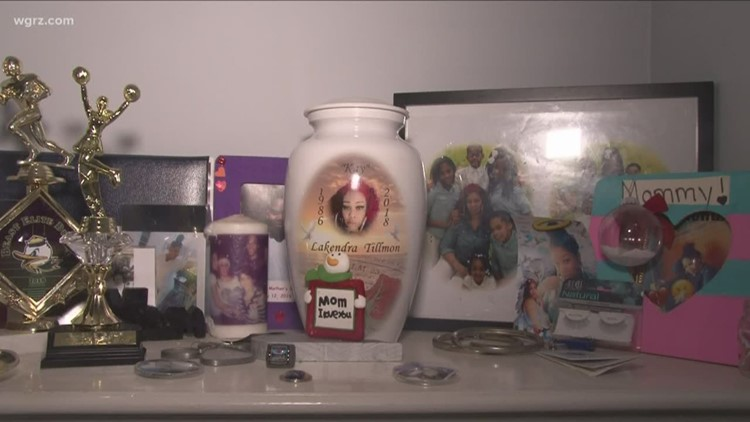 Unsolved: Buffalo mother of five murdered in broad daylight