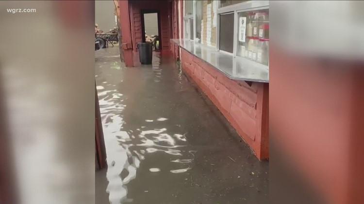 Community raises money for Niagara Falls restaurant with flooding damage