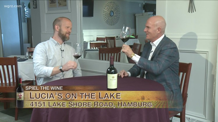 Kevin is joined by Peter Jacobi to try the 2019 Bouchon Cabernet Sauvignon for this first Wine of the Week