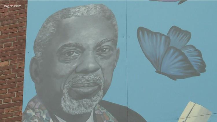 New mural honors Arthur O. Eve at Buffalo school