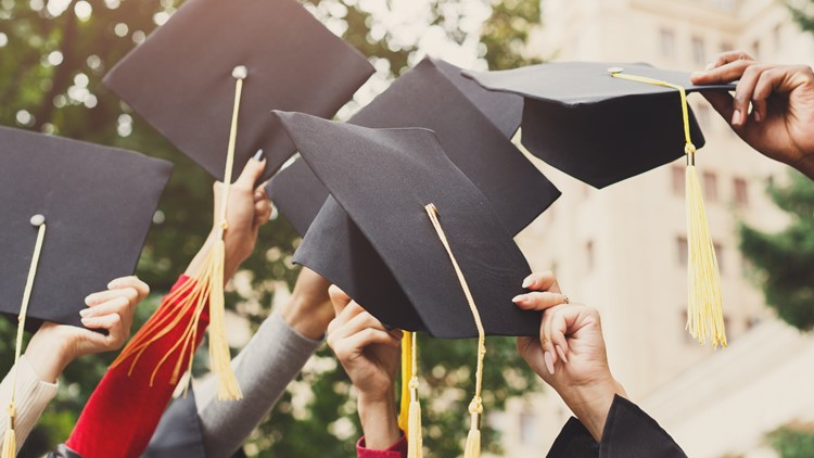NYS gives COVID-19 guidance on graduation ceremonies