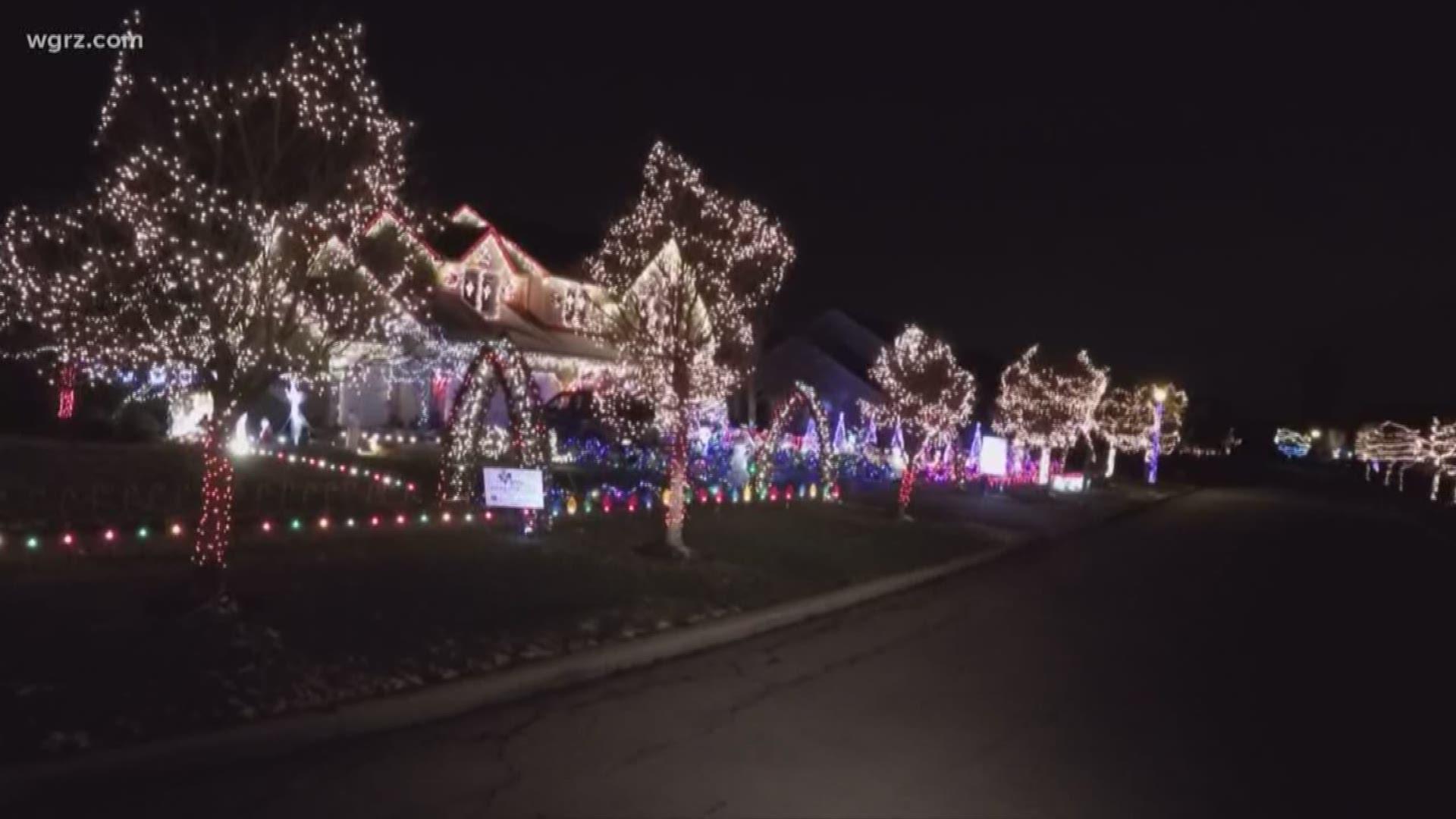 Lancaster Ny Christmas Lights 2020 Neighborhood gives back through magical light display | wgrz.com