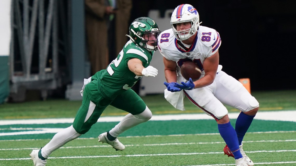 Bills tight end safe from team's COVID outbreak thanks to daughter's birth