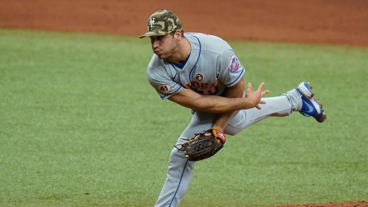 Blue Jays trade for relief pitcher Jacob Barnes with Mets